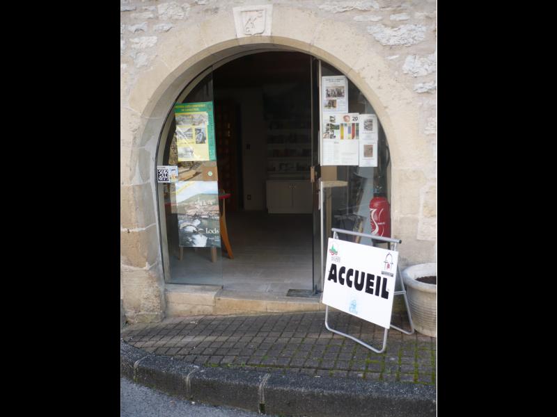 village-de-Lods15